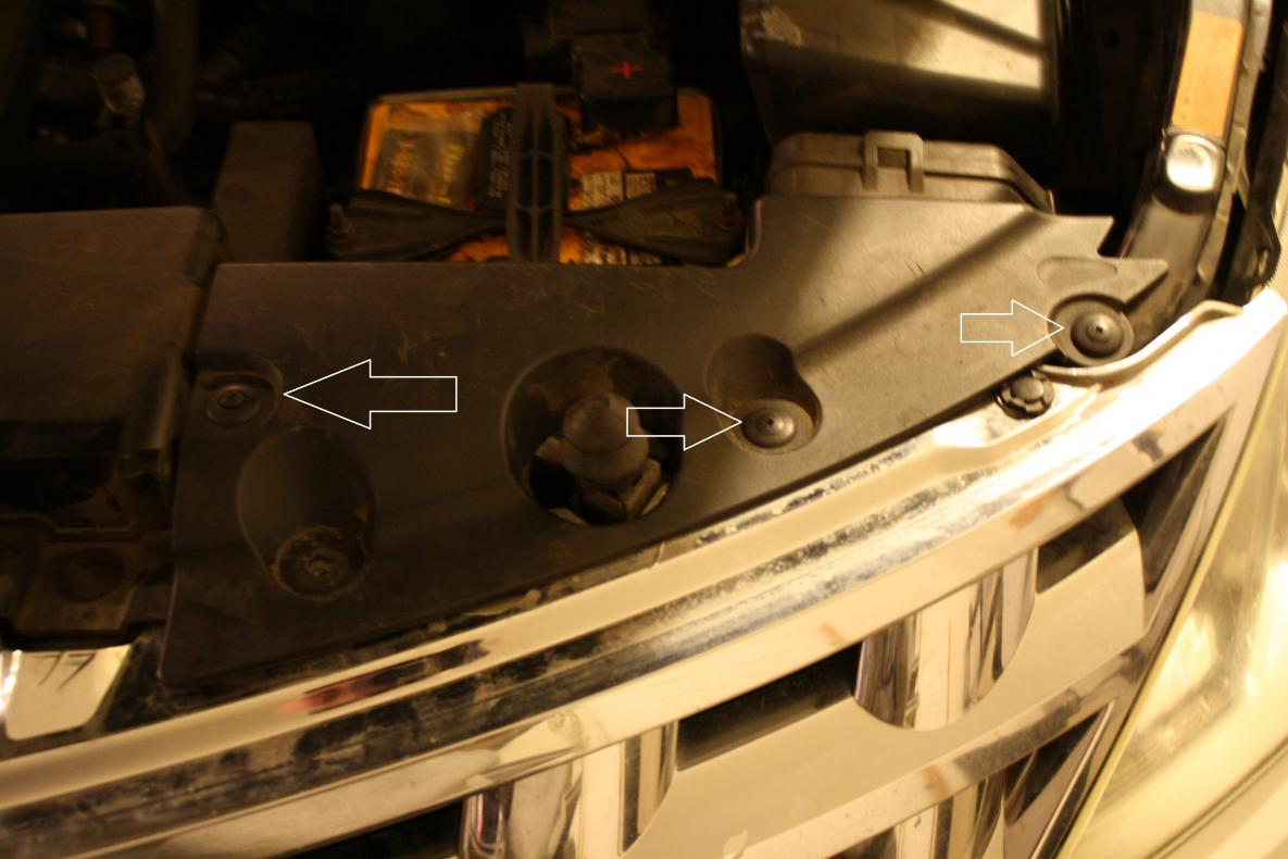 How to get to the headlight housing to replace bulbs-img_3776.jpg