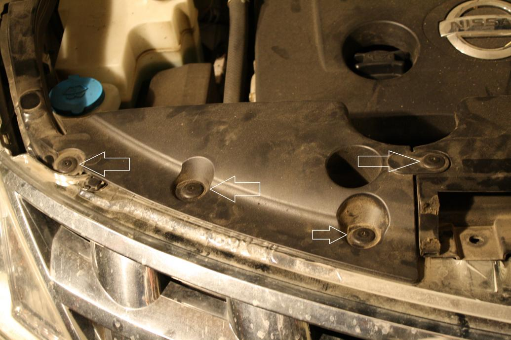 How to get to the headlight housing to replace bulbs-img_3777.jpg