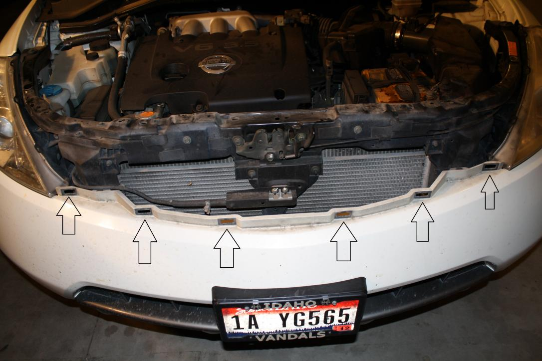 How to get to the headlight housing to replace bulbs-img_3788.jpg