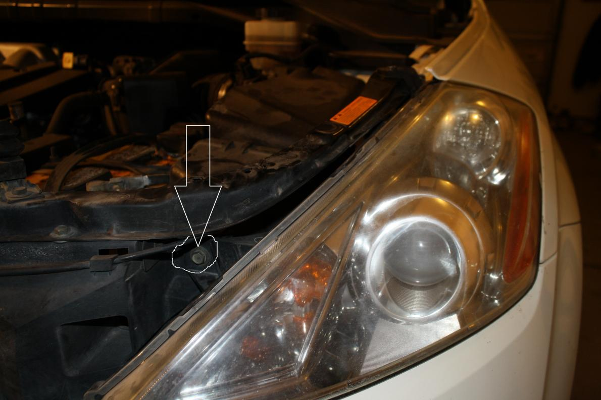 How to get to the headlight housing to replace bulbs-img_3789.jpg