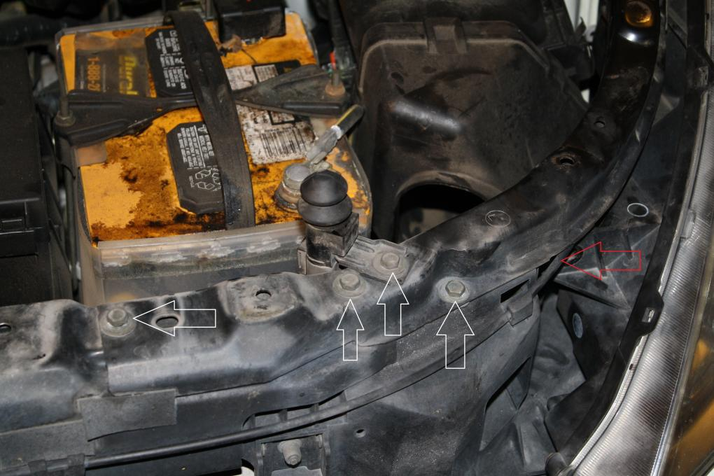 How to get to the headlight housing to replace bulbs-img_3807.jpg